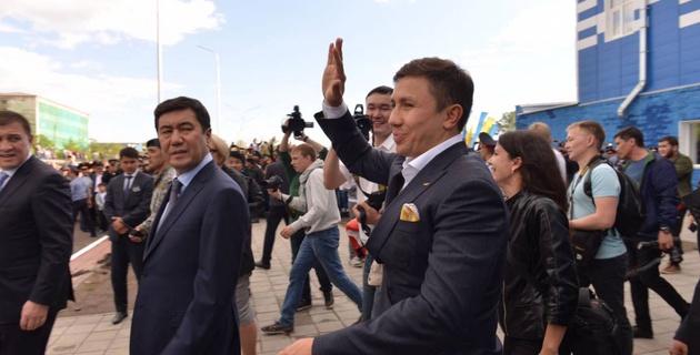 Геннадия Головкина встретили в Казахстане как национального героя! - промоутер