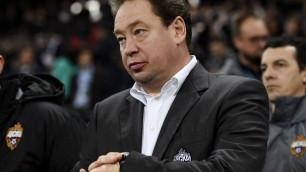 Экс-тренер сборной России возглавил английский клуб