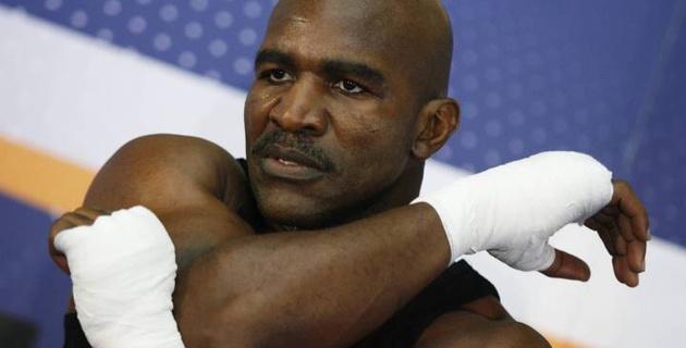 Холифилд, Баррера, Тапиа и тренер Кости Цзю введены в Зал славы бокса