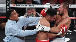 """Казахстанский нокаутер назвал """"позором бокса"""" остановку боя между Ковалевым и Уордом"""