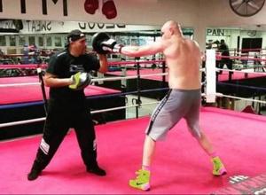 Экс-тренер Ковалева назвал Дычко своим лучшим учеником и анонсировал его дебют на профи-ринге