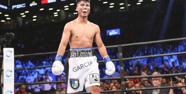 Майки Гарсия победил Эдриена Броунера единогласным решением судей