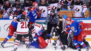 Появилось видео массовой драки российских и канадских хоккеистов на турнире в Сочи