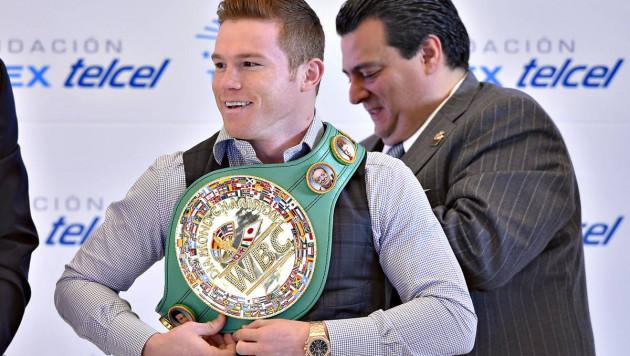 """Президент WBC призвал Альвареса """"зарыть топор войны"""" перед боем с Головкиным"""