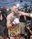МакГрегор оценил пародии на его разминку от боксеров и объяснил свой прогноз на бой с Мейвезером