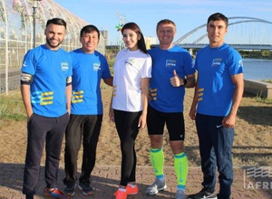 Казахстанский марафонец-рекордсмен Книги Гиннесса провел мастер-класс в Астане