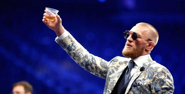 МакГрегор заливал алкоголем горе после нокаута от Мейвезера
