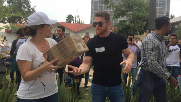 """""""Канело"""" Альварес пожертвует миллион долларов пострадавшим от землетрясения в Мексике"""