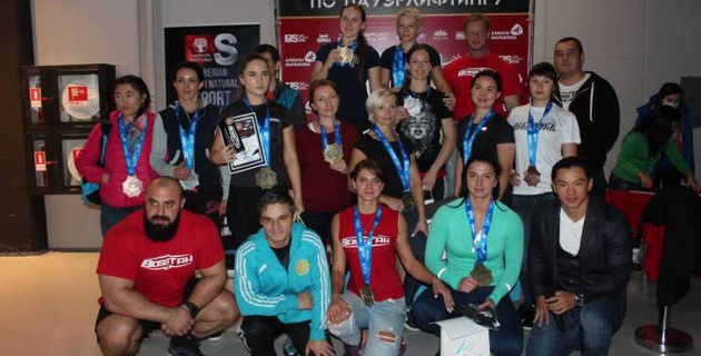 Стали известны победители чемпионата Казахстана по пауэрлифтингу и жиму лежа среди любителей