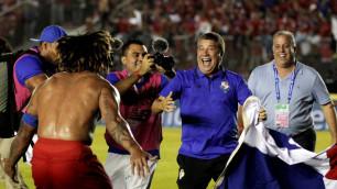 Видео реакции панамских комментаторов на выход команды на чемпионат мира по футболу