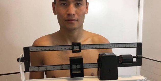 Бекман Сойлыбаев прошел взвешивание за неделю до защиты титула WBC в Лас-Вегасе