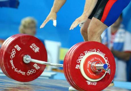 Федерация тяжелой атлетики прокомментировала годичную дисквалификацию сборной Казахстана