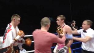 Российский кикбоксер напал на соперника и погнался за зрителем