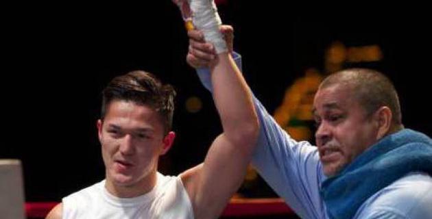 Казах-полицейский из Нью-Йорка одержал 13-ю победу на профи-ринге