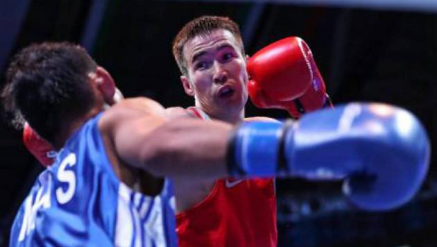 Азамат Исакулов защитил звание чемпиона Казахстана по боксу