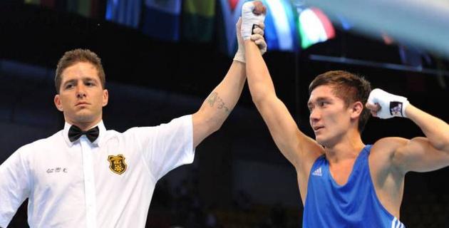 Участник Олимпиады-2012 Сулейменов стал двукратным чемпионом Казахстана по боксу