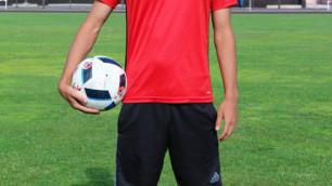 Казахстанский футболист отправился на просмотр в венгерский клуб