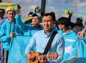 Ануар Нурпеисов рассказал о готовности написать песню о Жансае Абдумалик