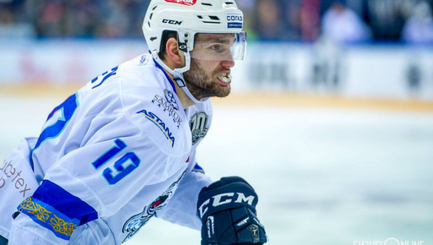 "Форвард ""Барыса"" Вей дал интервью о жизни в Астане, карьере в НХЛ и слухе про конфликт с Сен-Пьером"