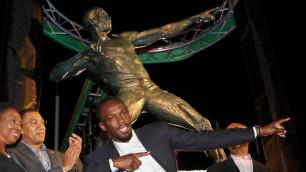 Статую Усэйна Болта открыли на Ямайке