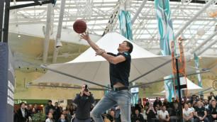 """Баскетболисты и велогонщики """"Астаны"""" устроили шоу для фанатов в столице"""