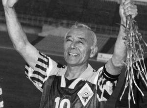Умер легендарный казахстанский футболист Тимур Сегизбаев