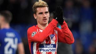 """""""Атлетико"""" отправил в ФИФА жалобу на """"Барселону"""" за переговоры с Гризманном"""
