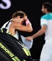 Первая ракетка мира Рафаэль Надаль снялся с Australian Open во время матча