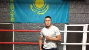 У казахстанского боксера во второй раз сорвался дебют в профи
