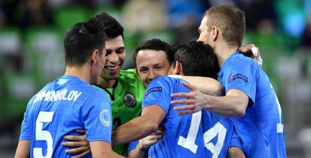 Сборная Казахстана узнала соперника по четвертьфиналу Евро-2018 по футзалу