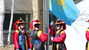 Флаг Казахстана поднят в олимпийском Пхенчхане
