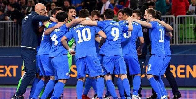 Сборная Казахстана открыла счет в матче против Испании в полуфинале Евро-2018 по футзалу