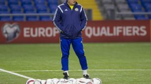 Российский клуб объявил о назначении экс-тренера сборной Казахстана Юрия Красножана