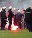Самый титулованный футбольный клуб Греции лишен трех очков за беспорядки фанатов