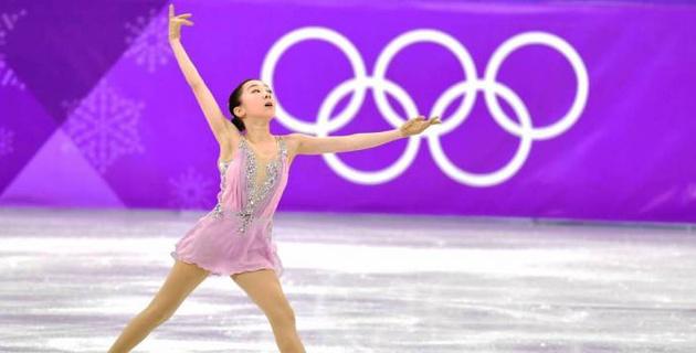 """""""Еще неделю назад Элизабет могла сняться с Олимпиады"""". Отец Турсынбаевой рассказал о травме фигуристки"""