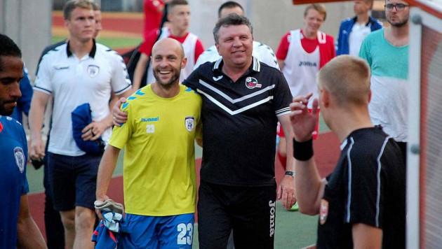 Помогут ли экс-игроки КПЛ казахстанскому тренеру отстоять чемпионский титул за границей?