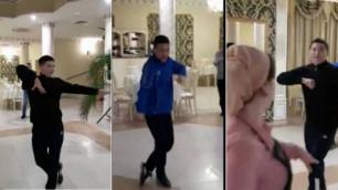 Видео с танцующими в Чечне боксерами из Казахстана стало вирусным