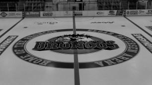 Автобус с игроками юниорской хоккейной команды попал в смертельное ДТП в Канаде
