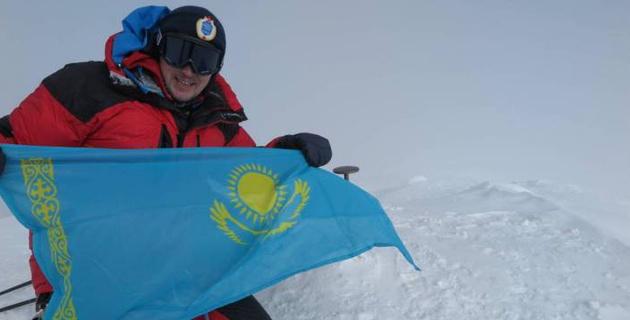 Казахстанский альпинист Максут Жумаев рассказал о планах на еще одно восхождение на Эверест