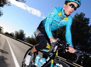 """Гонщики """"Астаны"""" заняли первое и второе места на этапе многодневной гонки в Италии"""