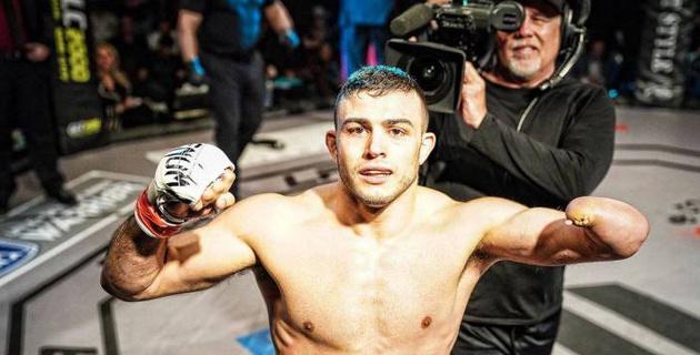 Однорукий боец получил шанс попасть в UFC