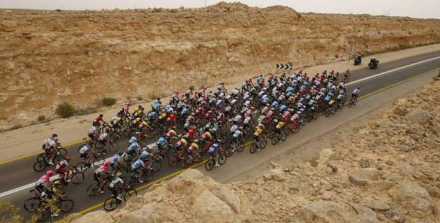 """Лидер """"Астаны"""" Лопес финишировал вместе с остальными фаворитами общего зачета """"Джиро"""" на третьем этапе"""