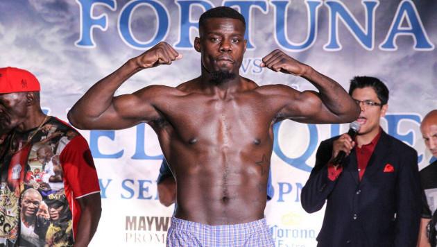 Американский тяж, прогнозировавший победу Гассиева в бою с Усиком, нокаутировал нигерийского боксера