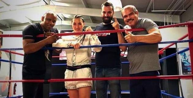 Казахстанская девушка-боксер Сатыбалдинова завоевала первый чемпионский титул на профи-ринге