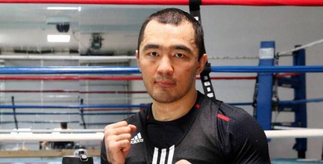Титульный бой Шуменова покажут в прямом эфире в Казахстане