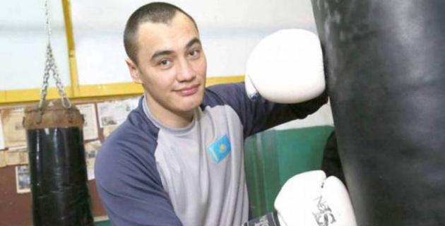 Казахстанский супертяжеловес рассказал о тактике на бой с боксером с 32-мя досрочными победами