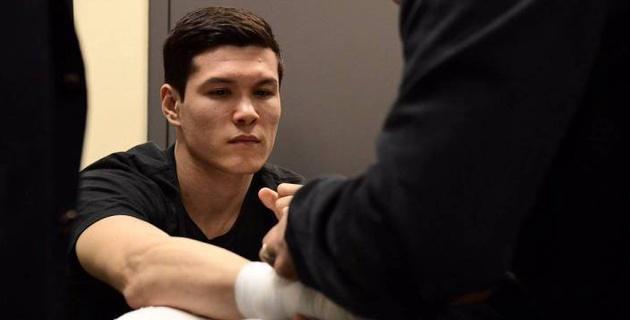 Данияр Елеусинов провел открытую тренировку перед вторым боем в профи