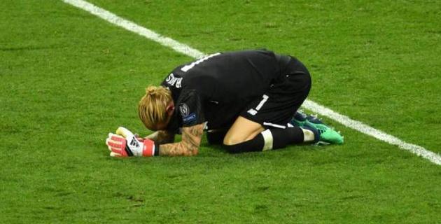 """Вратарь """"Ливерпуля"""" доигрывал финал Лиги чемпионов с сотрясением мозга после удара локтем от Рамоса"""