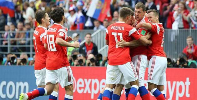 Впервые за 64 года стартовый матч чемпионата мира по футболу завершился со счетом 5:0