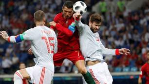 Тренер сборной Португалии объяснил хет-трик Роналду в матче с Испанией